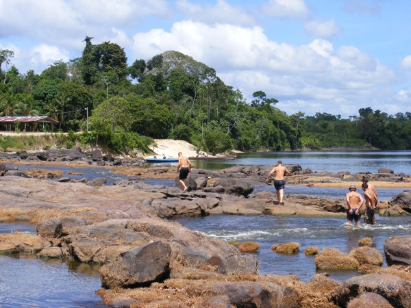 Isadou Suriname 055 overwaden