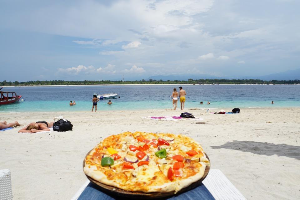 Pizza strand Gili Trawangan