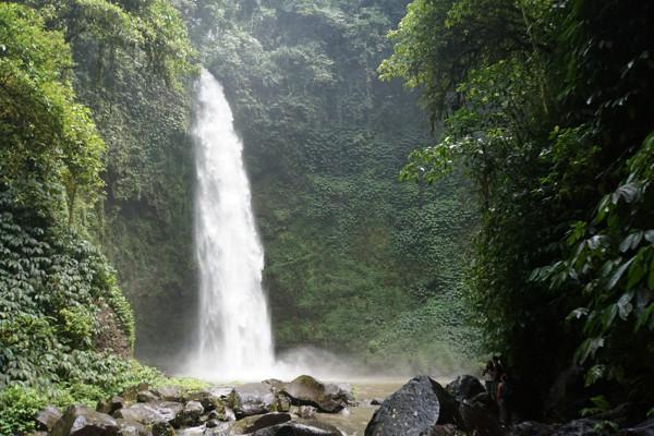 nungnung-waterfall-bali-001