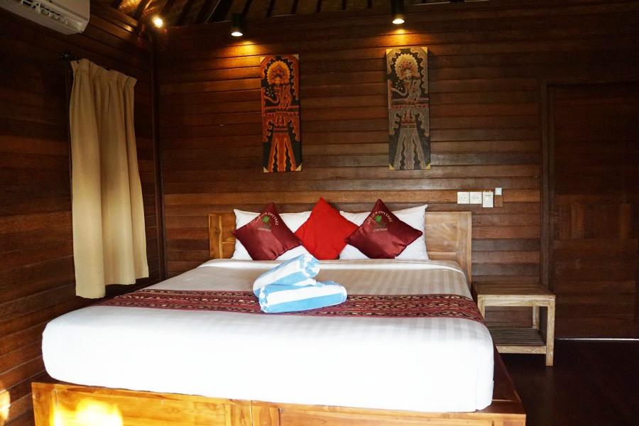 Nusa Lembongan tips. airbnb kamer bed