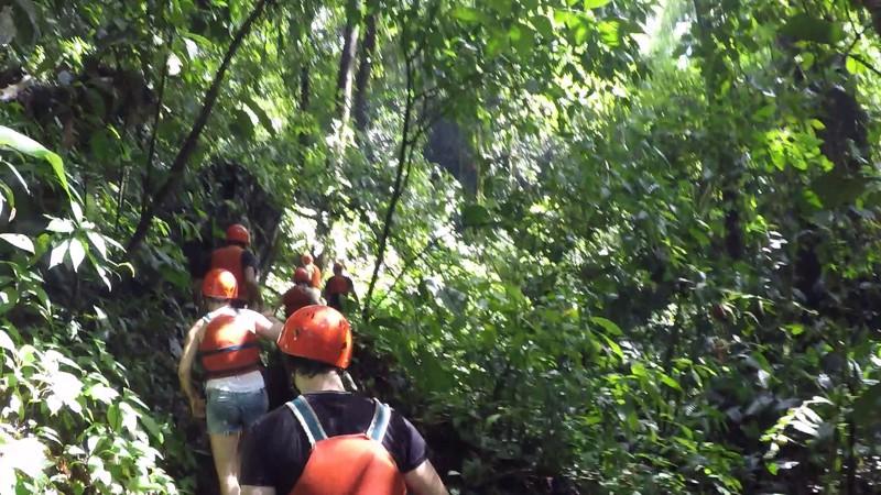 Caven Rio Claro Colombia 001