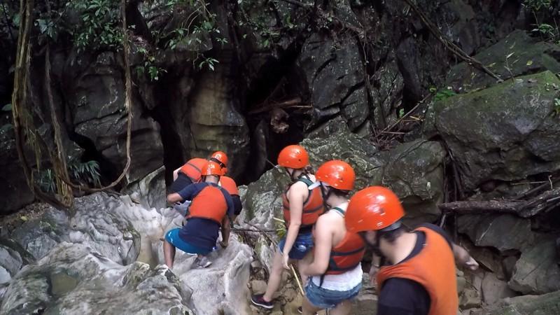 Caven Rio Claro Colombia 002
