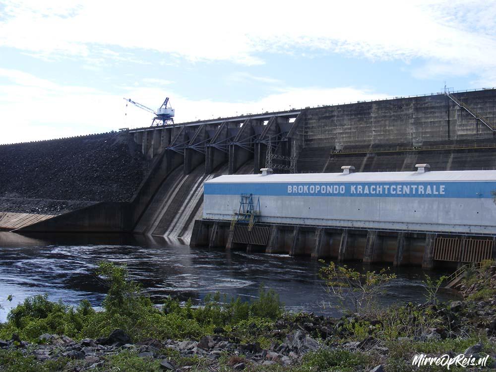 Suriname 294 Brownsberg krachtcentrale 001