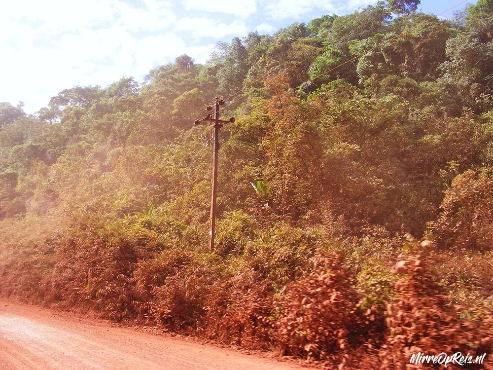 Suriname 286 Bauxietweg naar Brownsbeg