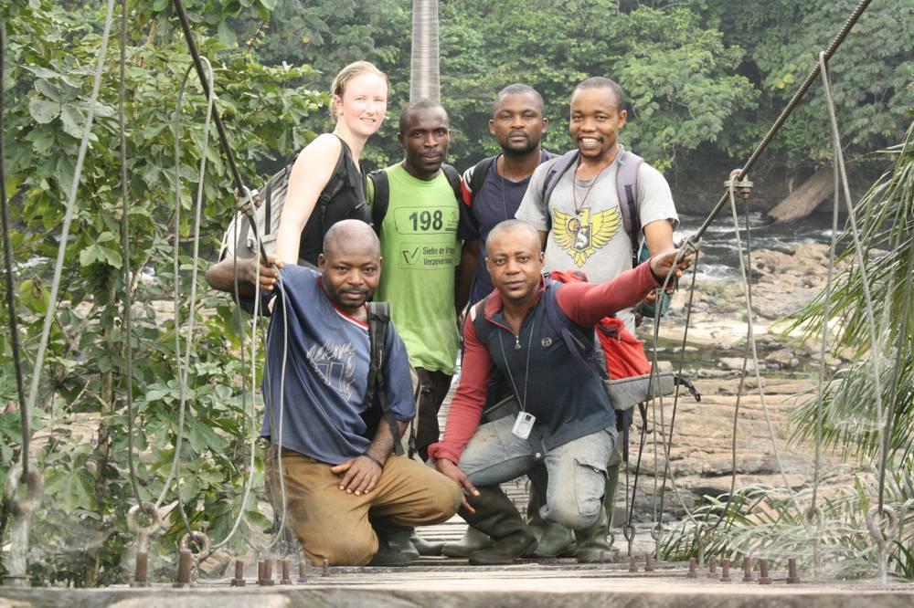 Kameroen – At the Mana Bridge, entrance to Korup, in 2013