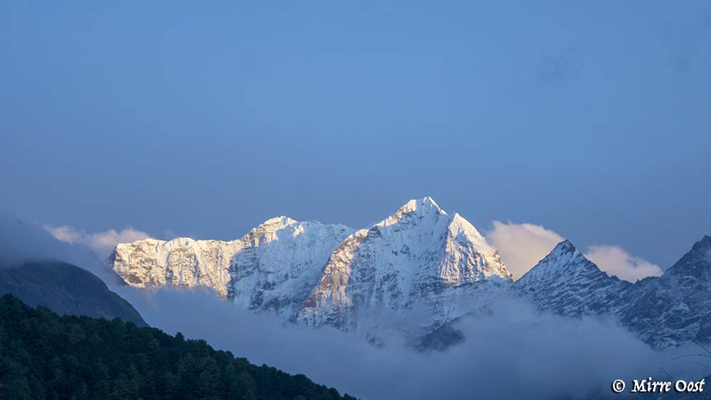 Nepal-758-Thamserku