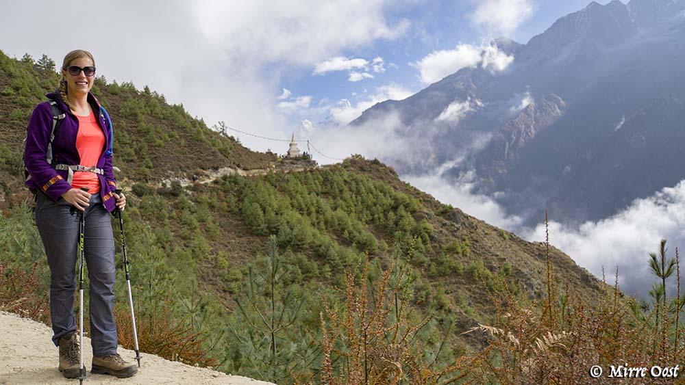 Nepal-341-M-met-uitzicht-op-stoepa