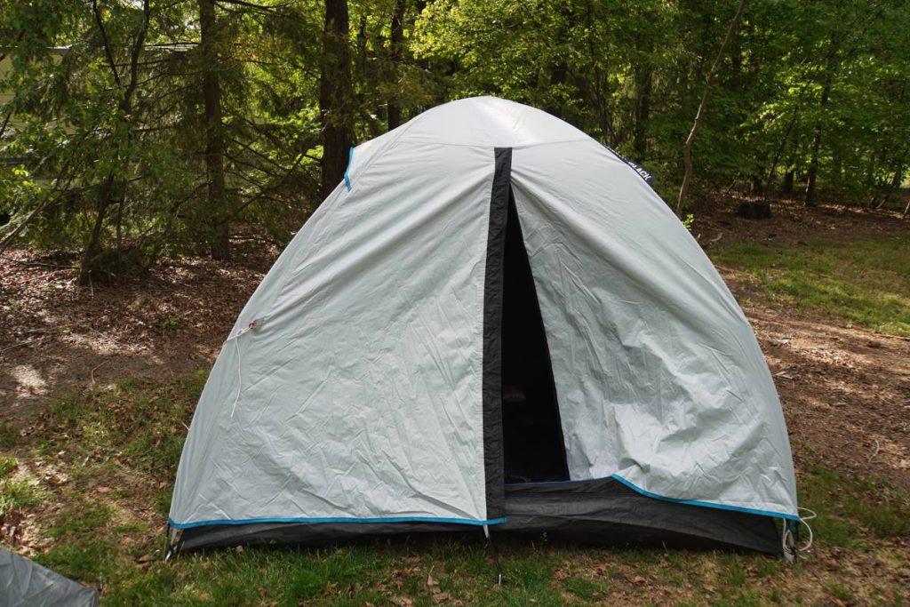 Quechua Black and Fresh tent 002